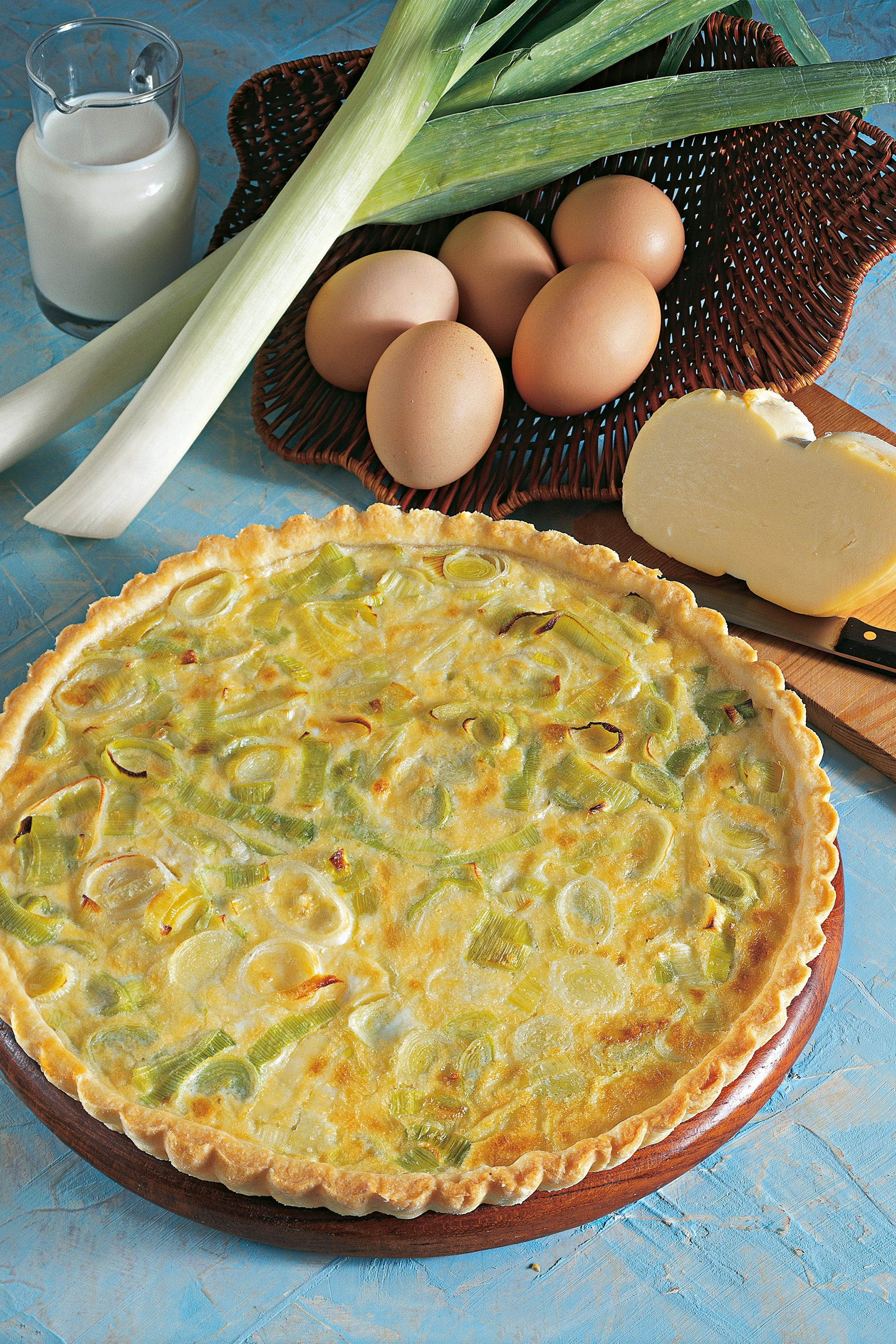 "<p><em data-redactor-tag=""em"" data-verified=""redactor"">Ooh la la</em>! This <a href=""http://www.goodhousekeeping.com/food-recipes/easy/g4258/quiche-recipes/"" target=""_blank"" data-tracking-id=""recirc-text-link"">fancy French dish</a> will come out looking like a culinary genius made it.</p><p><span class=""redactor-invisible-space"" data-verified=""redactor"" data-redactor-tag=""span"" data-redactor-class=""redactor-invisible-space""><a href=""http://www.goodhousekeeping.com/food-recipes/a11994/smoked-ham-leek-gruyere-quiche-recipe-122913/"" target=""_blank"" data-tracking-id=""recirc-text-link""><em data-redactor-tag=""em"" data-verified=""redactor"" data-tracking-id=""recirc-text-link"">Get the recipe for Smoked Ham, Leek and Gruyère Quiche »</em></a></span></p>"