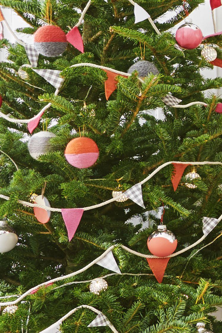 yarn wrapped ornaments & 52 Homemade Christmas Ornaments - DIY Handmade Holiday Tree Ornament ...
