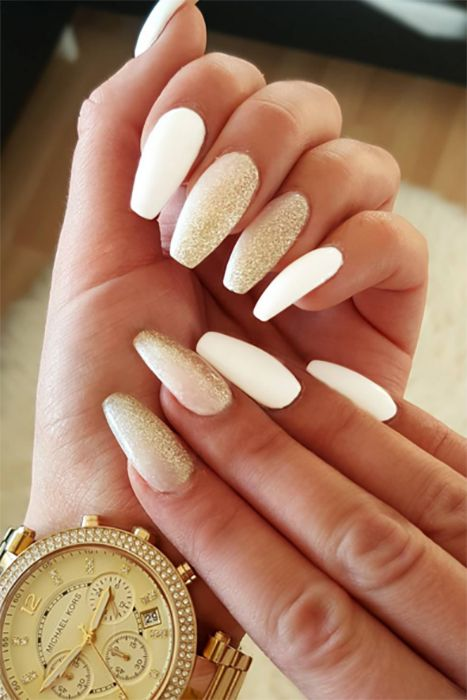 12 Ways to Wear Coffin Shaped Nails — Design Ideas for ...