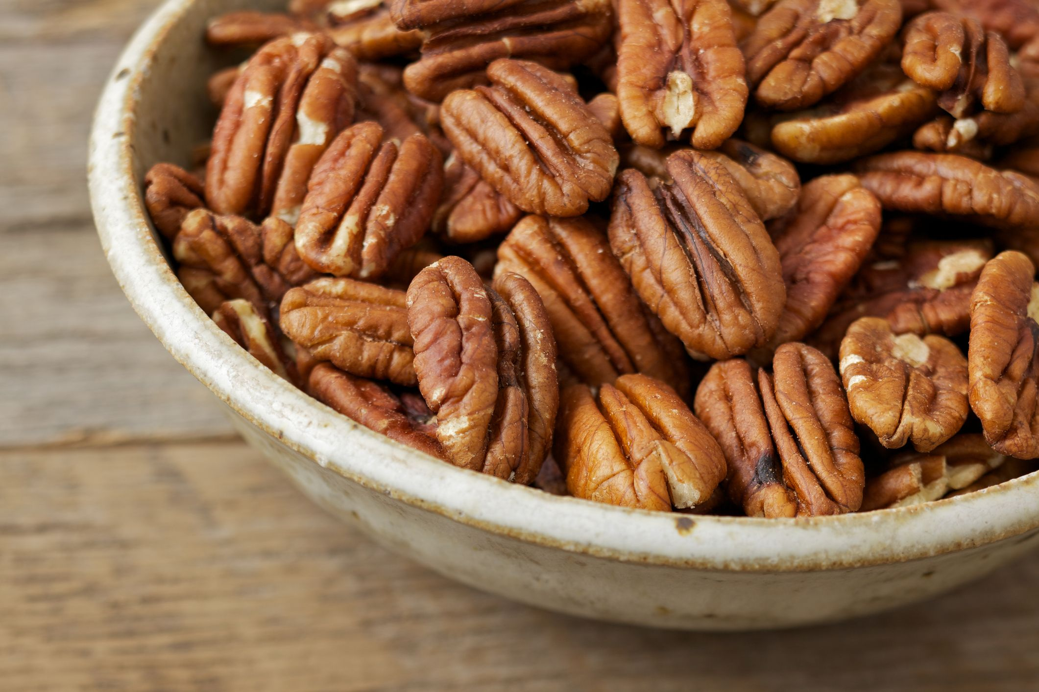 9 Health Benefits of Pecans - Are Pecans Good for You?