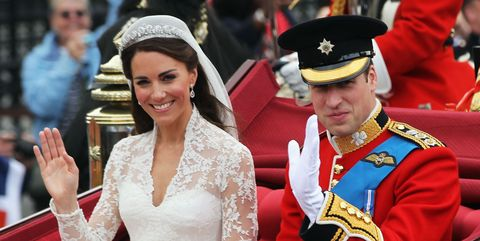 Tradition, Event, Headpiece, Ceremony, Tiara, Monarchy, Gesture, Military officer, Dress, Hair accessory,
