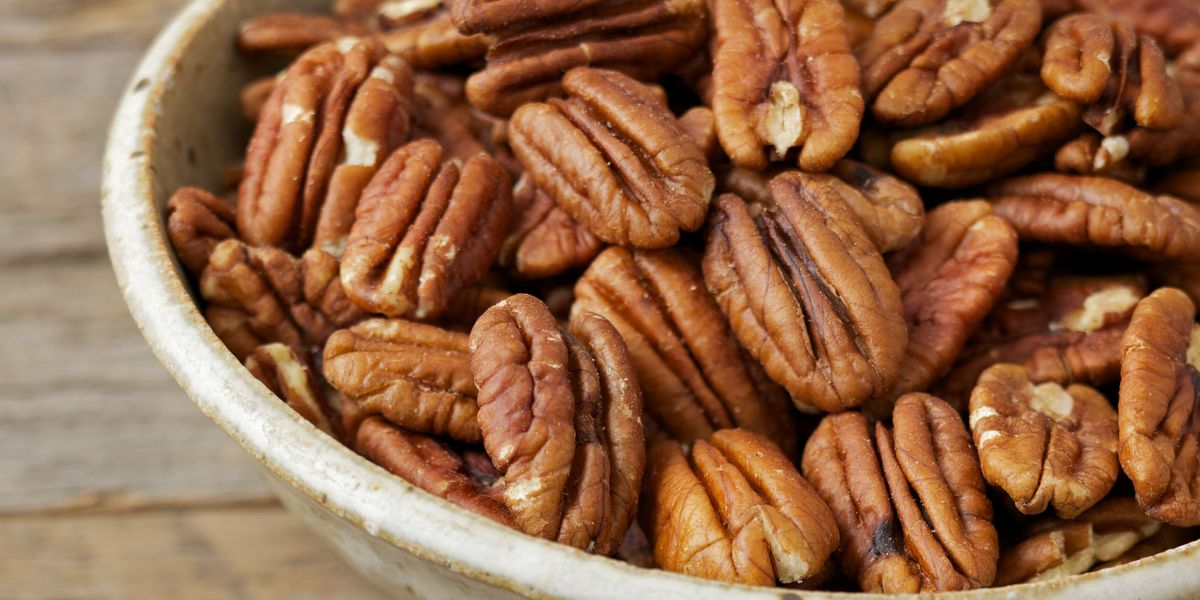 9 Health Benefits of Pecans That'll Make You Go Nuts
