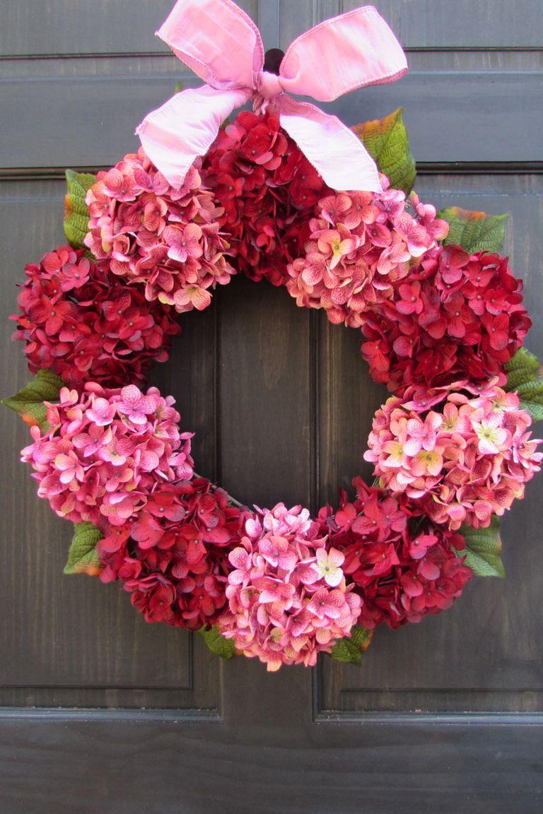 30 DIY Valentine's Day Wreaths - Homemade Door Decorations ...