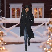 Winter, Fashion, Tree, Snow, Outerwear, Christmas, Christmas eve, Freezing, Christmas decoration, Street fashion,