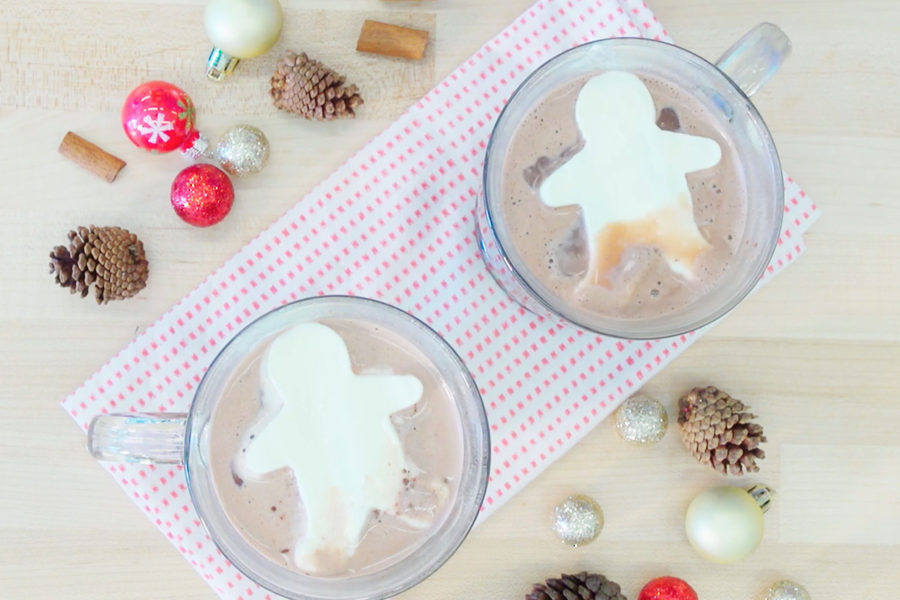 15 Christmas Cookie Cutter Hacks New Uses For Cookie Cutters
