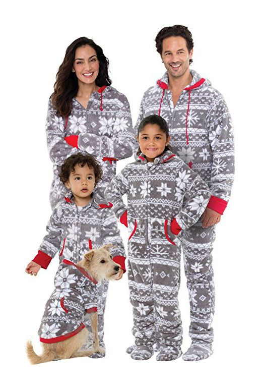 10 matching family christmas pajamas to celebrate in the coziest way possible - Matching Pjs Christmas