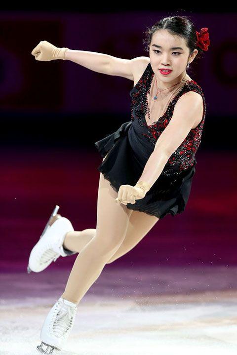 Figure skate, Figure skating, Ice dancing, Ice skating, Skating, Dancer, Jumping, Ice skate, Recreation, Axel jump,
