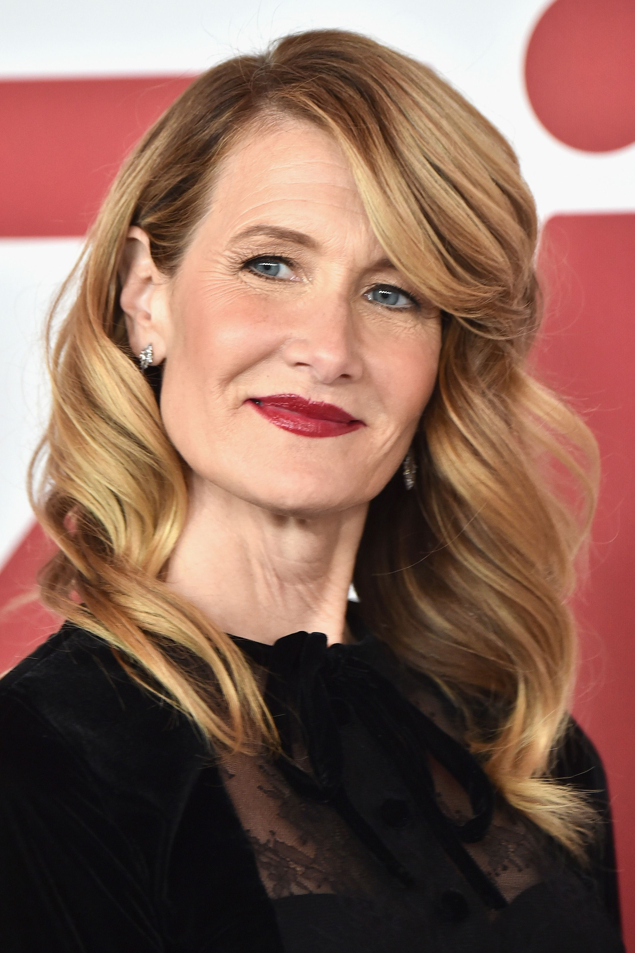 50 Best Hairstyles For Women Over 50 Celebrity Haircuts Over 50