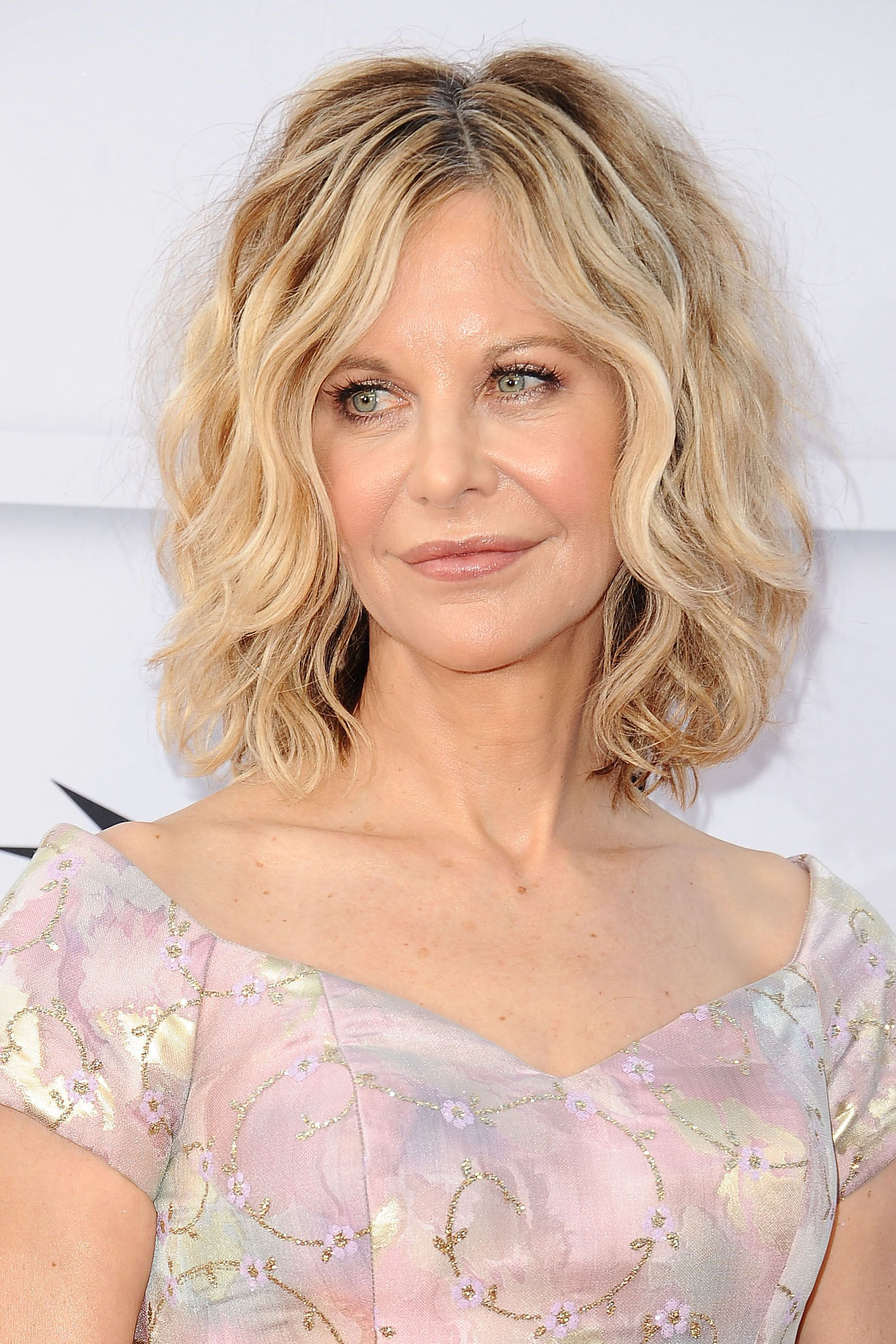 50 Best Hairstyles for Women Over 50 - Celebrity Haircuts Over 50