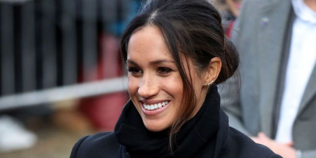 f0c4718a8111a9 16 of Meghan Markle s Most Casual Looks - Meghan Markle s Street Style
