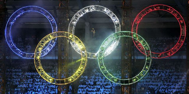 Live olympic games closing ceremony
