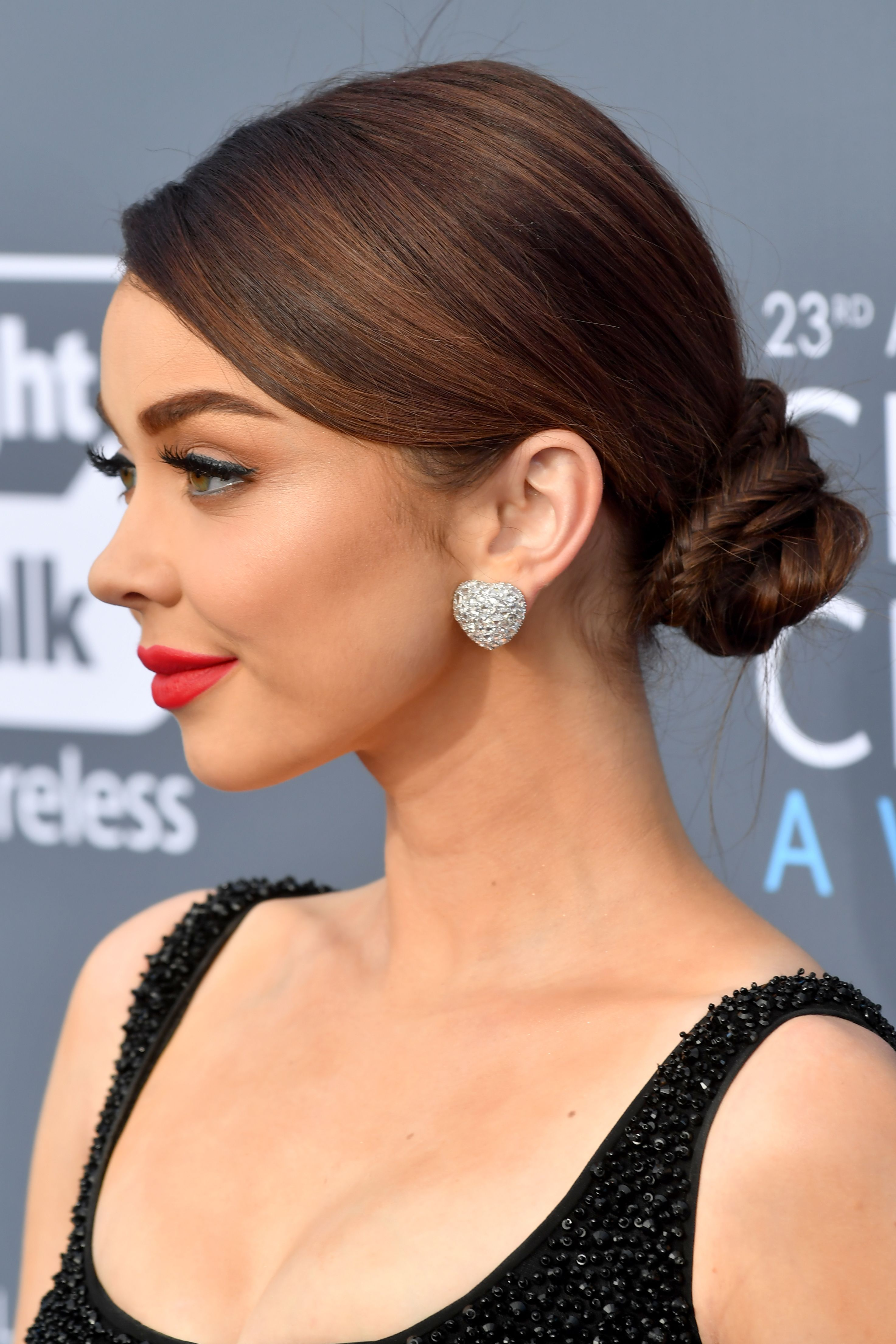 13 Cute And Easy Bun Hairstyles Best Ideas For How To Do A Bun