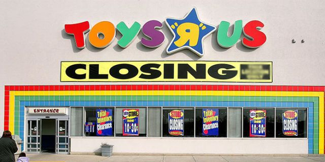 Toys R Us Has Officially Shut Down Its Website for Purchases