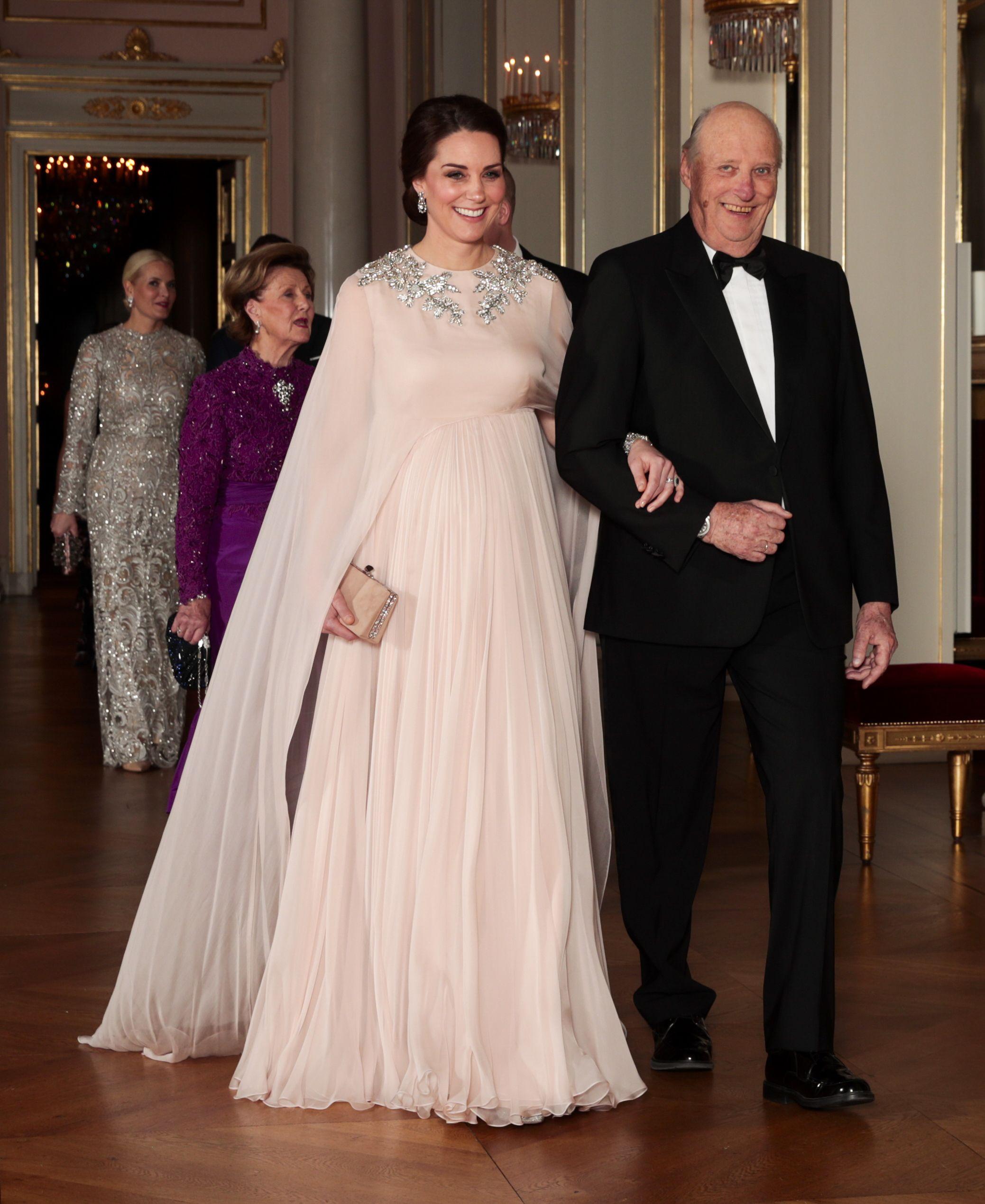 50 Best Kate Middleton Pregnant Style Looks Princess Kate