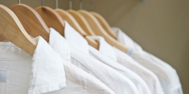 How to wash white clothes best way to bleach clothing for Best way to wash white shirts