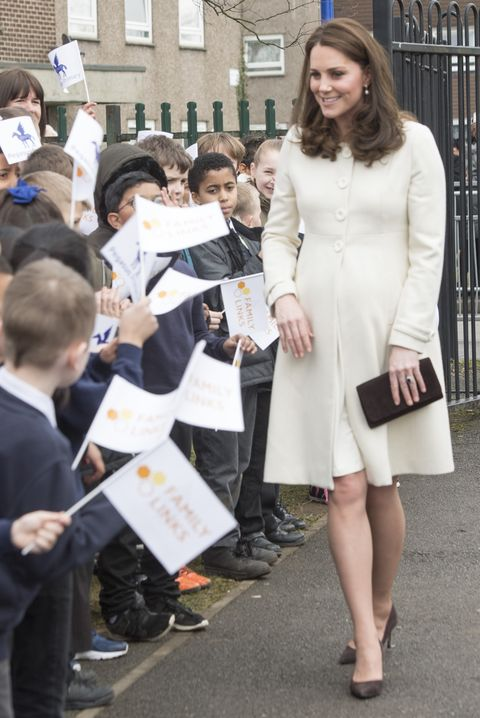 a2a20fbd9 50 Best Kate Middleton Pregnant Style Looks - Princess Kate ...
