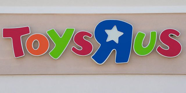 Your Toys R Us Gift Cards Could End Up Being Worthless Due To Bankruptcy