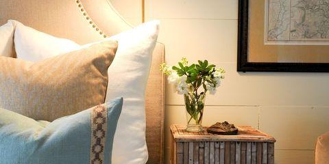 Room, Lighting, Interior design, Bed, Textile, Wall, Bedding, Bedroom, Bed sheet, Linens,