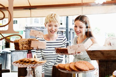 shopping in bakery