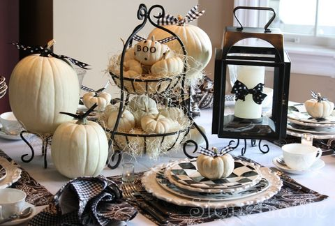 Serveware, Dishware, Porcelain, Ceramic, Tableware, Cup, Pottery, earthenware, Drinkware, Coffee cup,