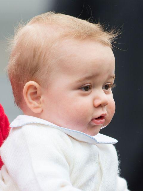 Ear, Lip, Cheek, Hairstyle, Skin, Chin, Forehead, Eyebrow, Child, Baby & toddler clothing,