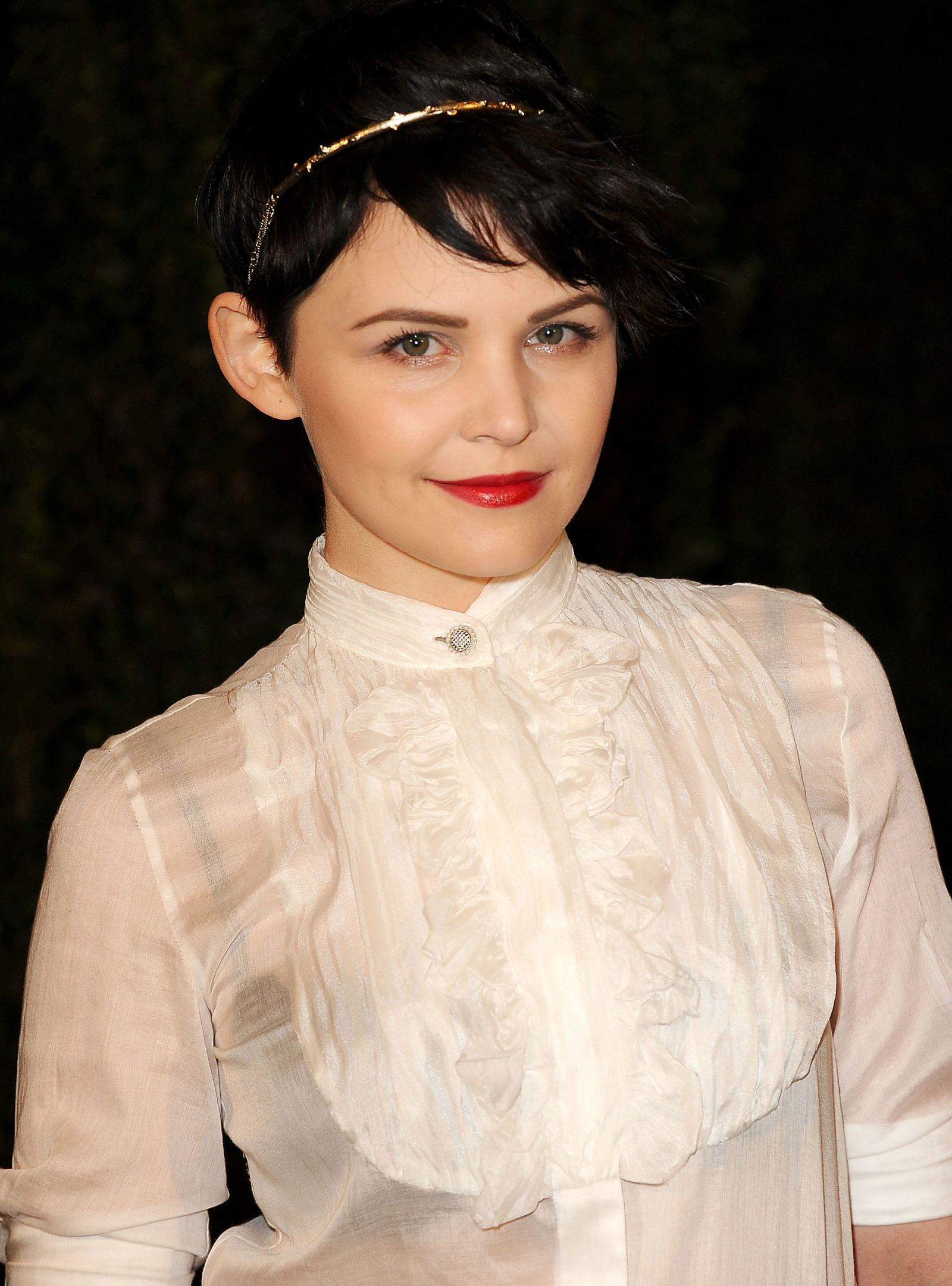Ginnifer Goodwin Short Pixie Hairstyle Pixie Haircuts For Short Hair Inspiration
