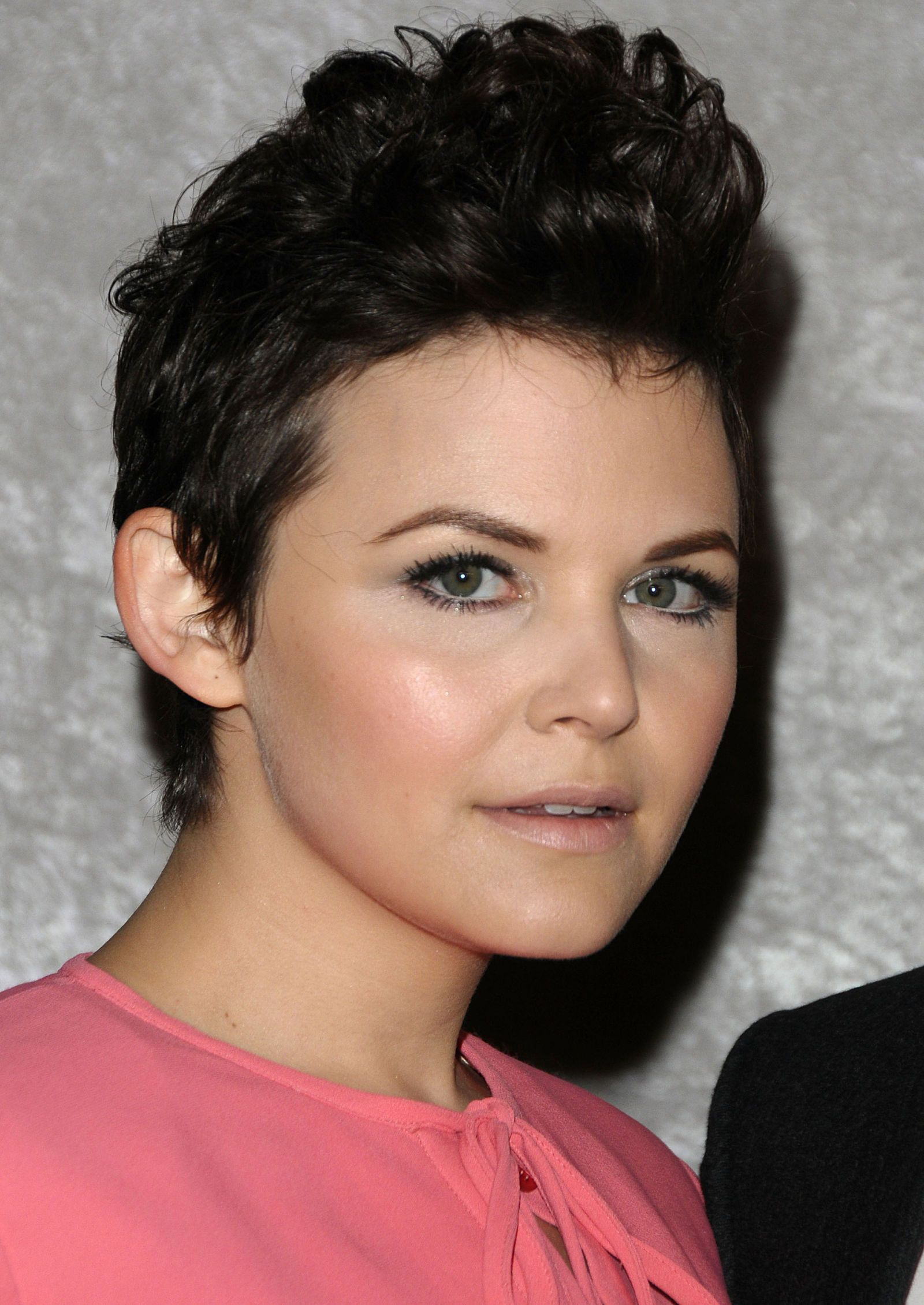 haircuts for with hair ginnifer goodwin pixie hairstyle pixie haircuts 3459