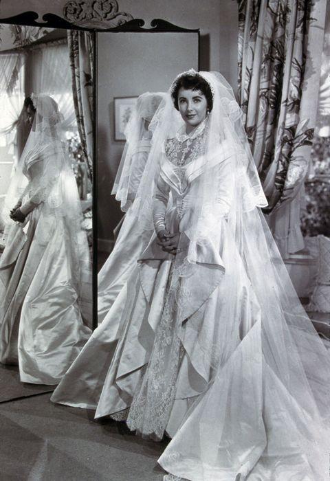 Famous Wedding Dresses - Wedding Dresses Through the Years