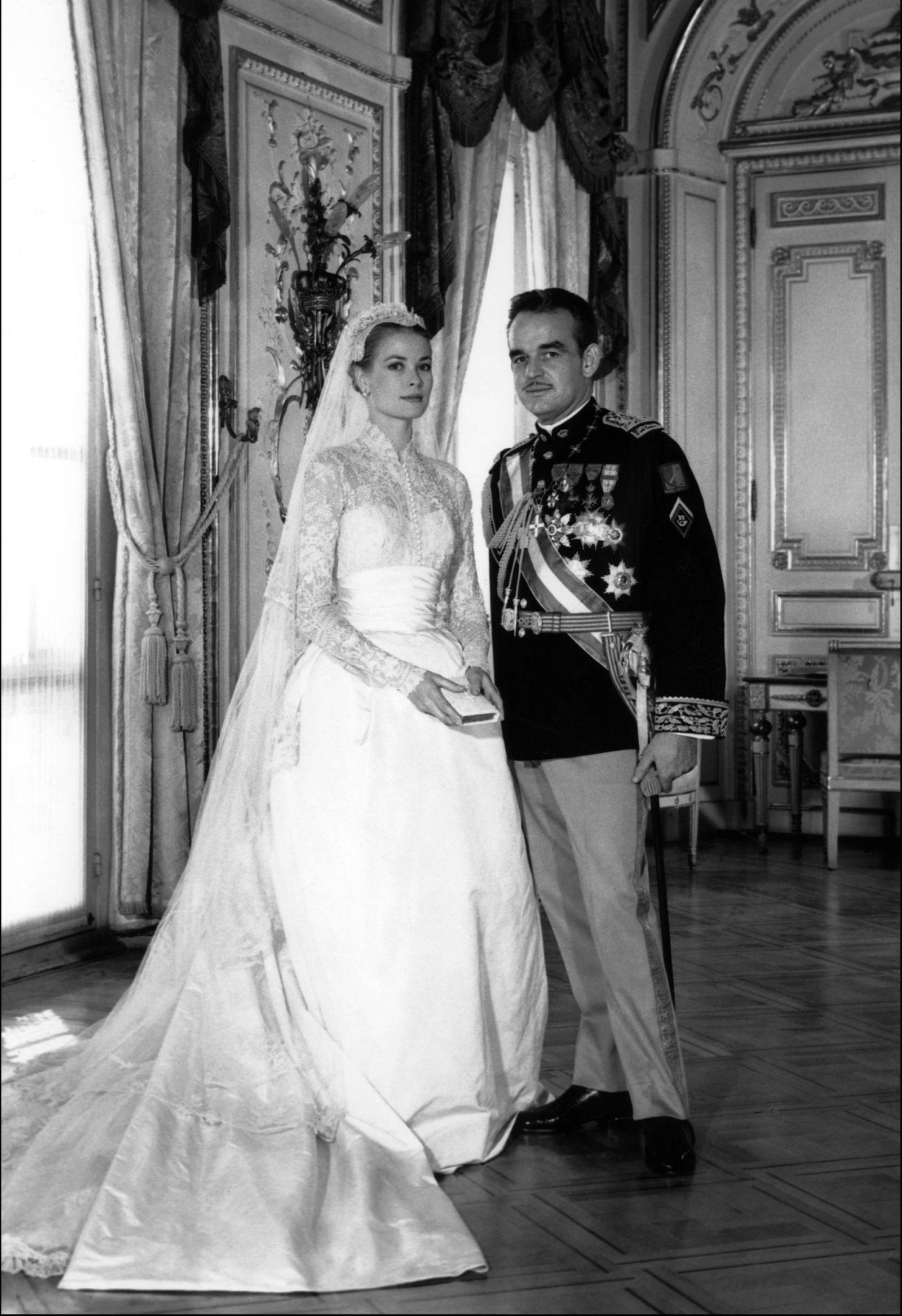 da95bde592f5 Famous Wedding Dresses - Wedding Dresses Through the Years