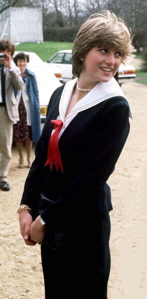 Princess Diana S Best Fashion Looks The Evolution Of Princess Diana S Fashion