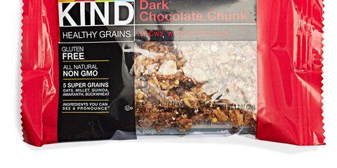 kind healthy grains bar in dark chocolate chunk
