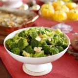 steamed broccoli with sauteed garlic and lemon