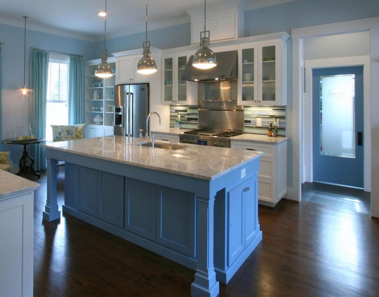 17 Best Kitchen Paint and Wall Colors - Ideas for Popular ...