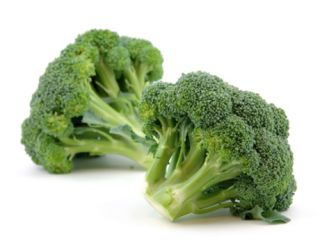 raw broccoli