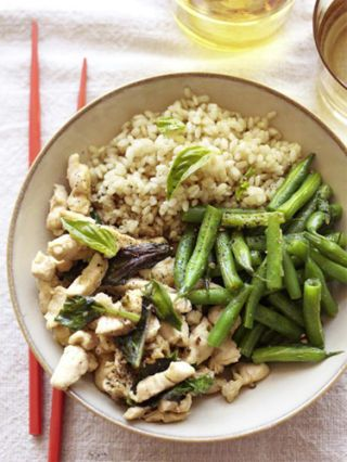 basil chile chicken stir-fry