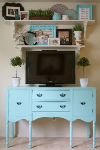 Green, Room, Wood, Drawer, Interior design, White, Furniture, Cabinetry, Wall, Teal,