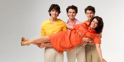 Jonas Brothers Family Interview With Mom Of The Jonas