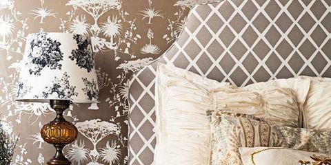 Interior design, Room, Textile, Bed, Bedding, Linens, Furniture, Wall, Bed sheet, Bedroom,