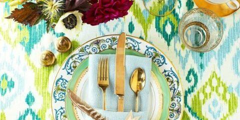 Dishware, Pattern, Turquoise, Teal, Fork, Aqua, Napkin, Kitchen utensil, Home accessories, Serveware,