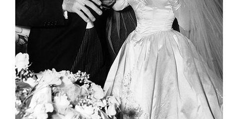 Elizabeth Taylor Wedding Dresses Elizabeth Taylor S Birthday And