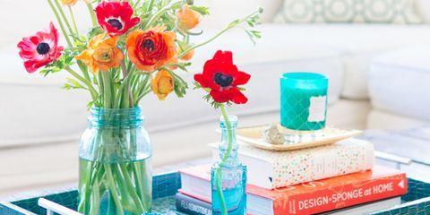 Petal, Flower, Bouquet, Room, Interior design, Couch, Interior design, Centrepiece, Flowering plant, Living room,