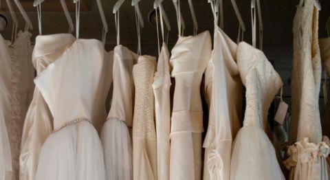 Pushy Mother In Law Who Should Go Wedding Dress Shopping,Bride Wedding Reception Dress Kerala