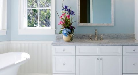 Surprising bathroom cleaners double duty household items - How to thoroughly clean your bathroom ...