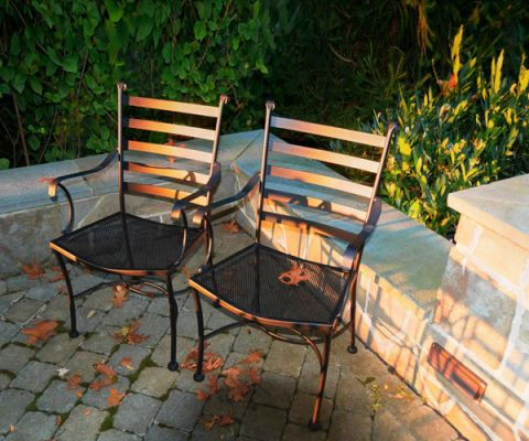How to Clean Patio - Cleaning Patio Furniture