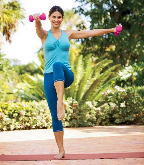 marching shoulder raise exercise