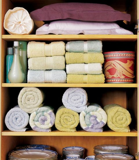 clutter free linen closet