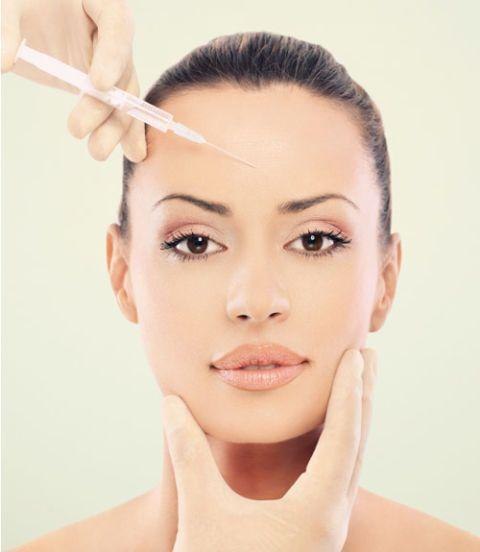 woman getting botox in forehead
