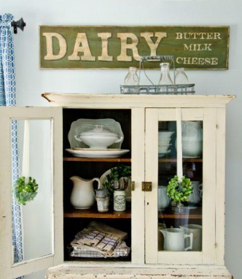 Serveware, Shelving, Porcelain, Dishware, Shelf, Flowerpot, Ceramic, Pottery, Hutch, Houseplant,