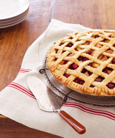 pear cranberry lattice pie
