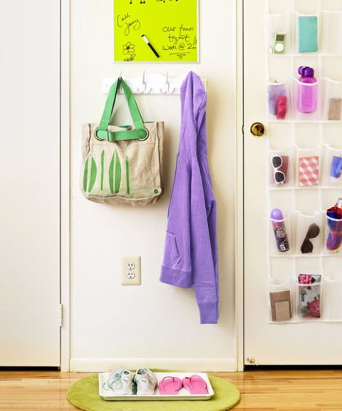 Kid's room closet door